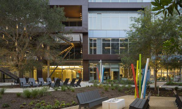 Bloomberg News talks expansion in Playa Vista